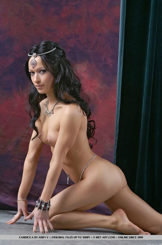 Голые спортсменки фото  голый спорт