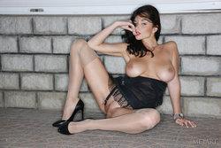 Jenya D In Compagno By Leonardo - Picture 14