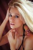 Jennifer Mackay In Kupeler By Arkisi - Picture 1