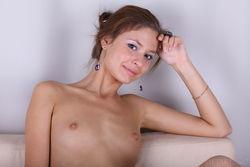 Irina J In Acima By Flora - Picture 18