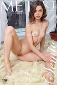Clarice Nude in Semio